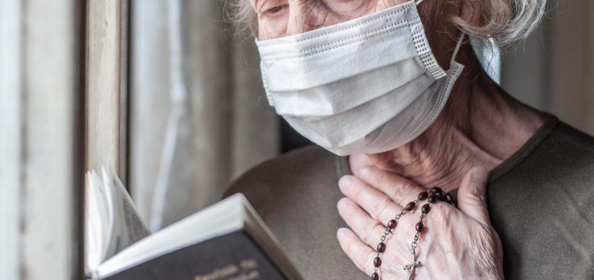 Comment s'engager auprès des personnes âgées en période de confinement